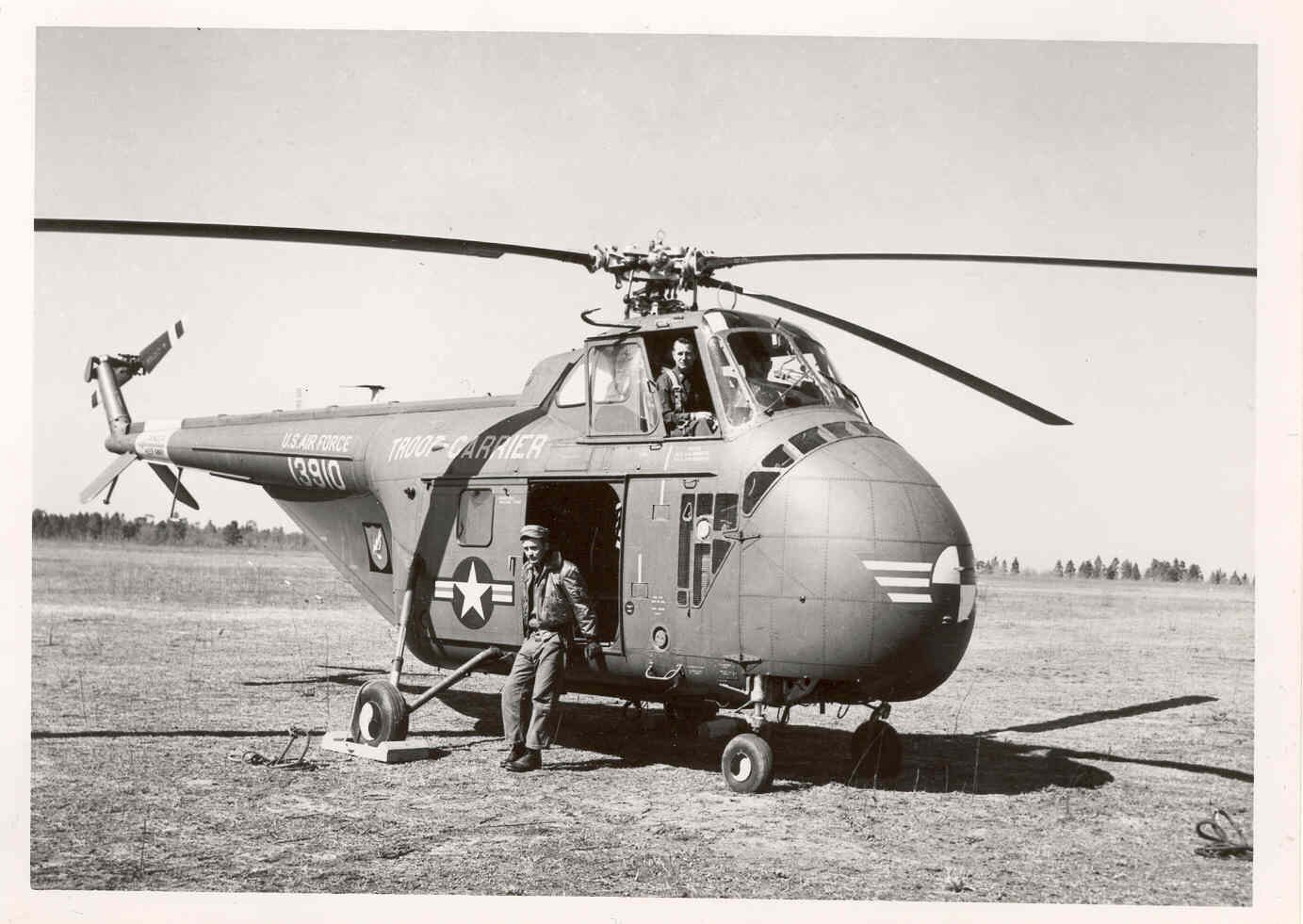 history of the helicopter Chopper: a history of america military helicopter operators from wwii to the war on terro [robert f dorr] on amazoncom free shipping on qualifying offers an oral history of american.